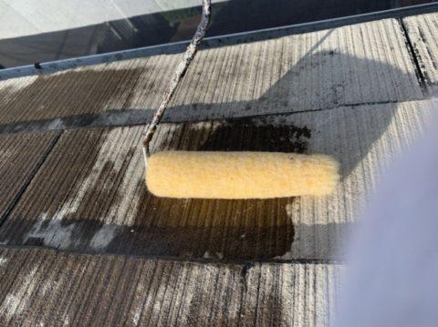 松阪市小野江町で屋根の2回目下塗りと中塗りをしました